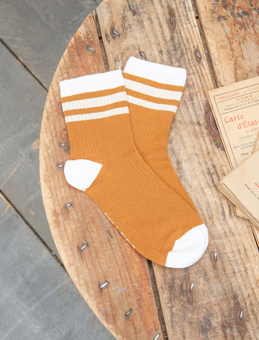 Sport Ribbed Socks - Fawn and White