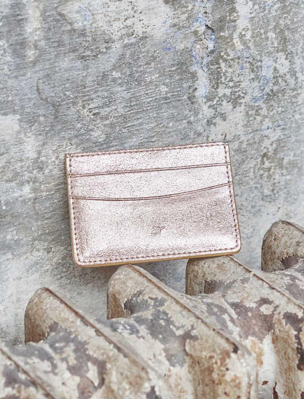 Card holder - gold