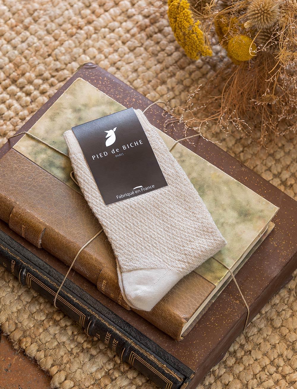 Embossed socks - Sand