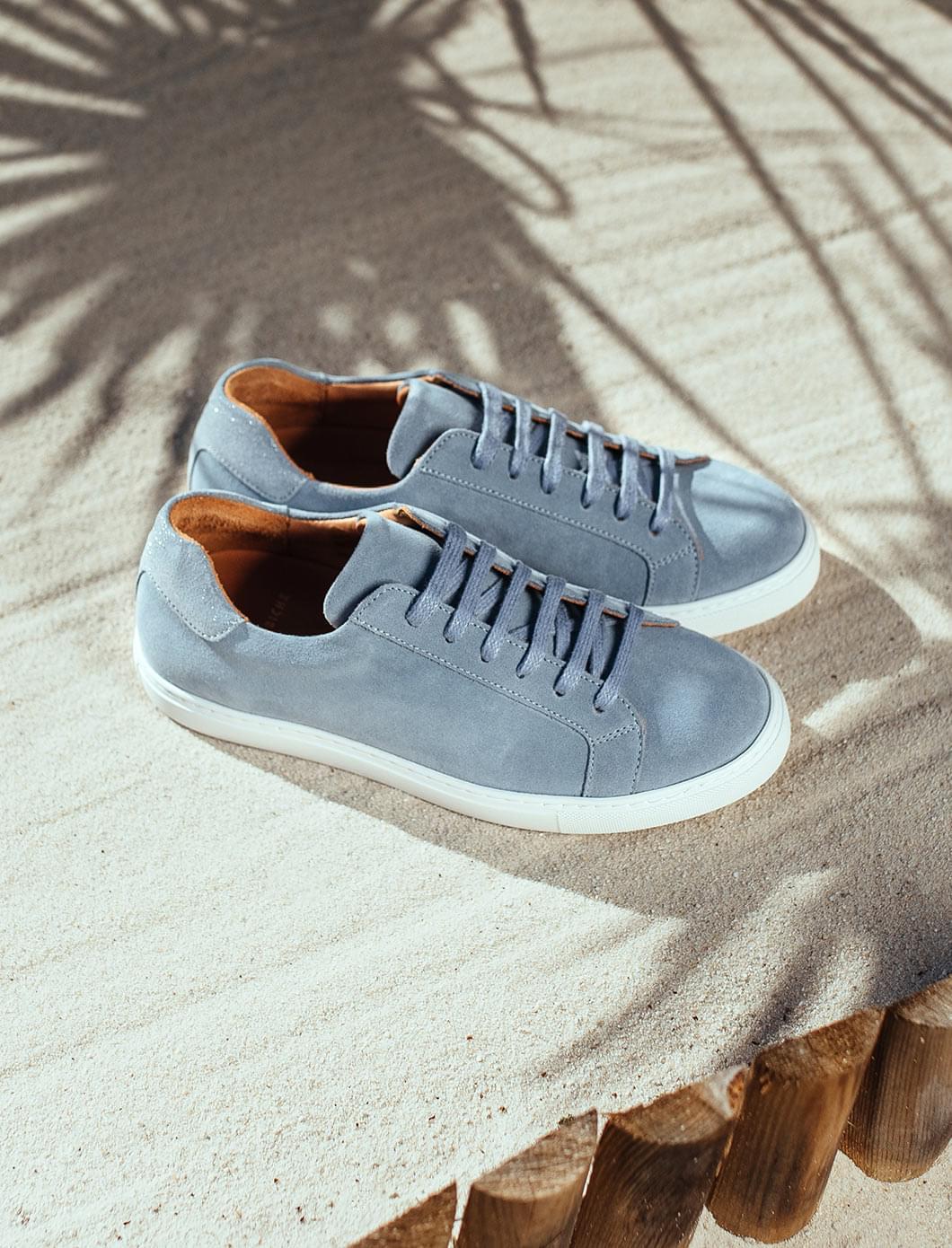 Sneakers - Light blue
