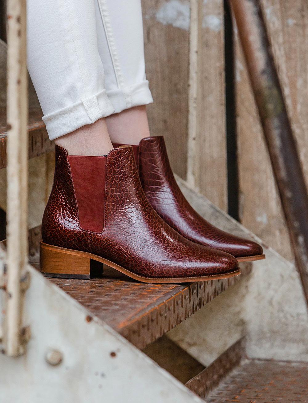 Amy Chelsea boots - Scale garnet