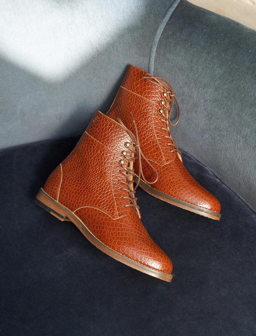 Gabrielle Combat boots - Scale cognac