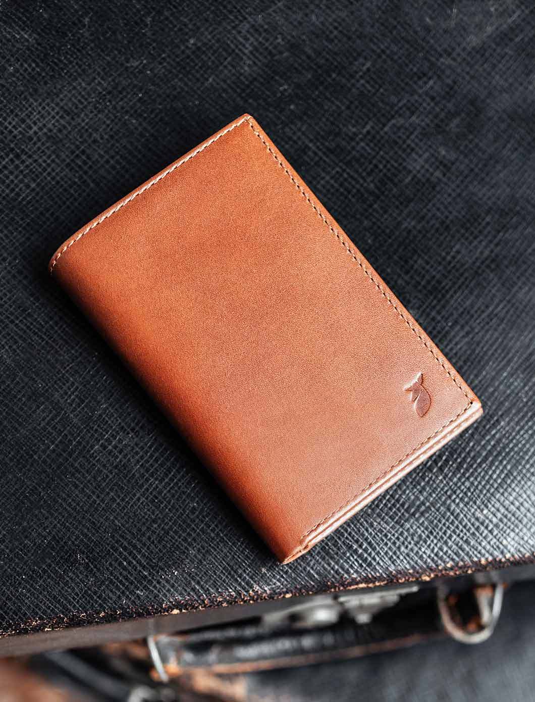 Card holder booklet - Cognac and Midnight Blue