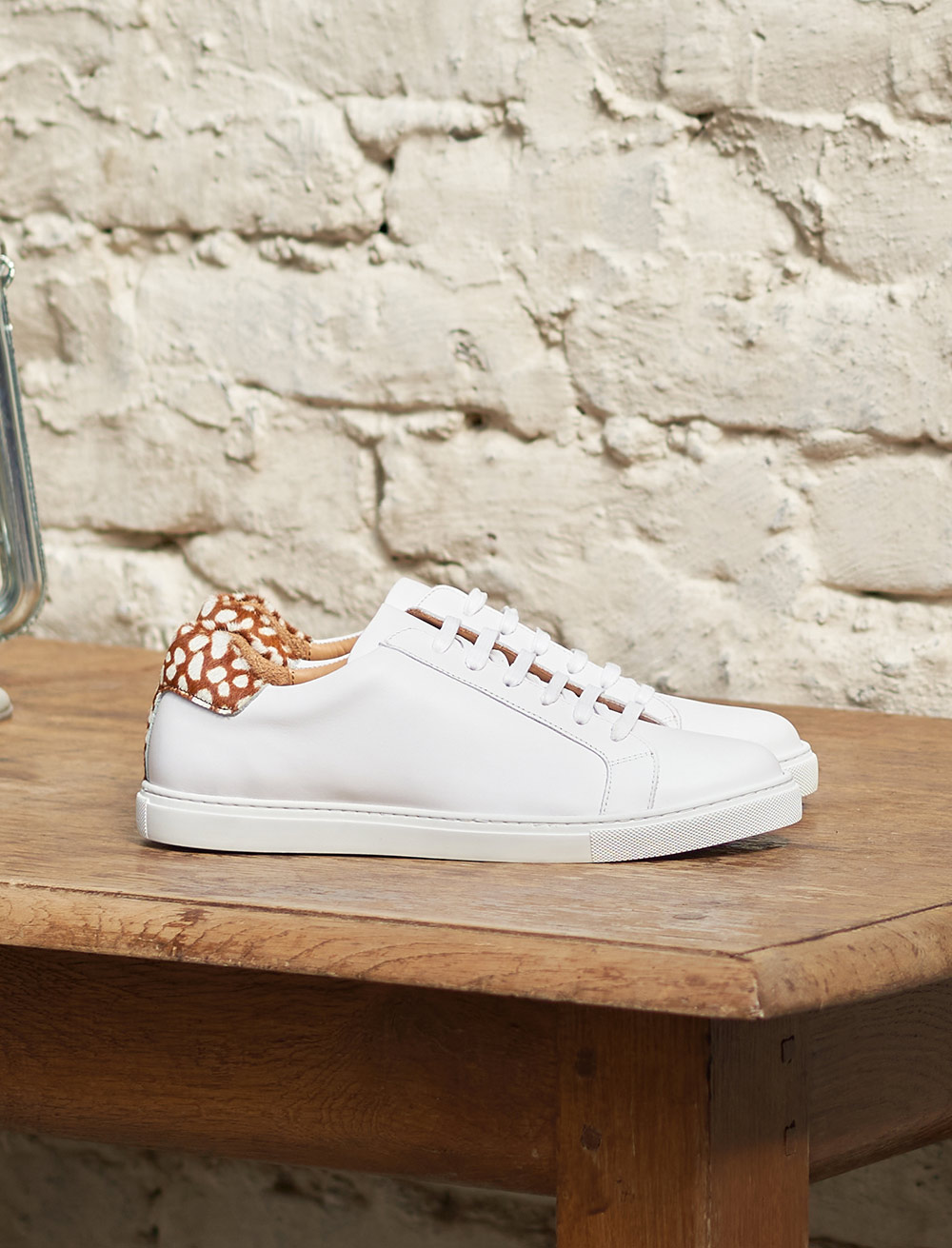 Olivia Sneakers - White and doe